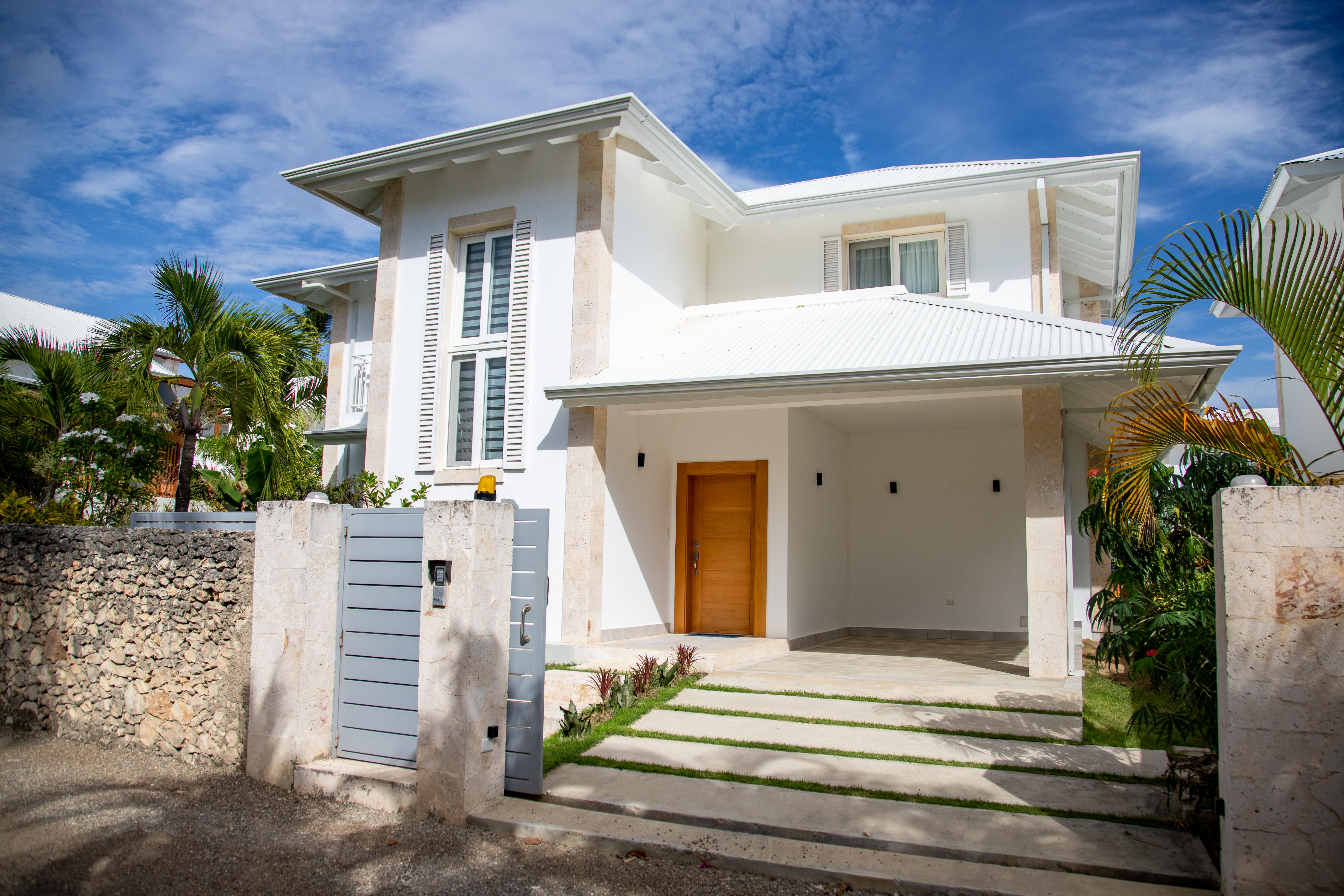 Front View of Villa Victoria Residencial Millennium